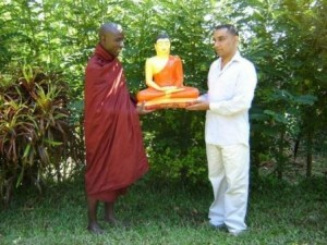 kelahiran buddha di uganda