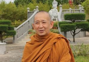 bhikkhu pannavaro mahathera mengupas kesabaran tisaranadotnet