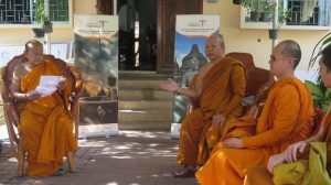 borobudur akan lebih sakral untuk para bhikkhu by tisaranadotnet