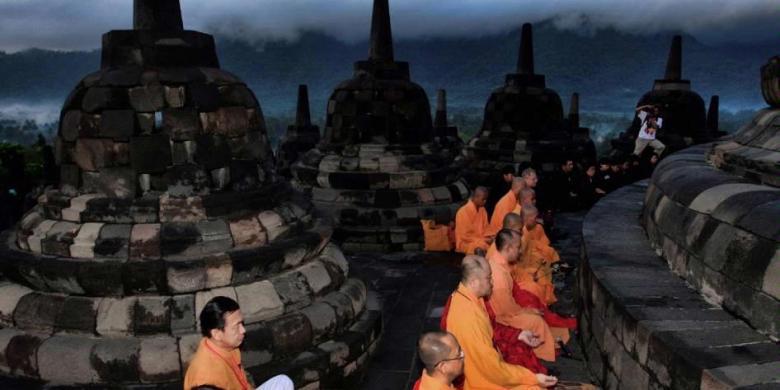 ... , diarahkan menjadi tujuan wisata spiritual untuk umat Buddha